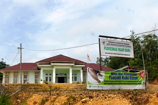Puskesmas Pasar Barum sarana layanan kesehatan yang berada di tengah marak aktivitas tambang emas di Kecamatan Tabir. Foto: Elviza Diana